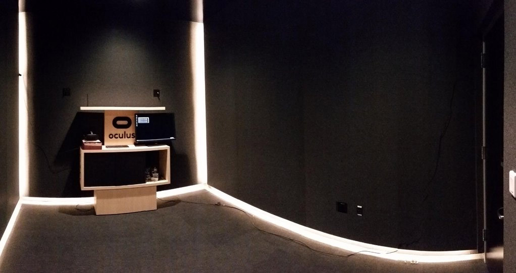 oculus-room-scale-setup-palmer-luckey