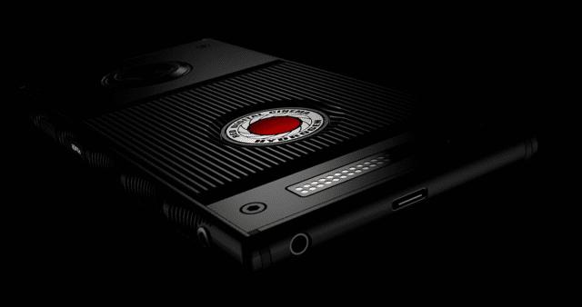 RED met des hologrammes dans son nouveau smartphone