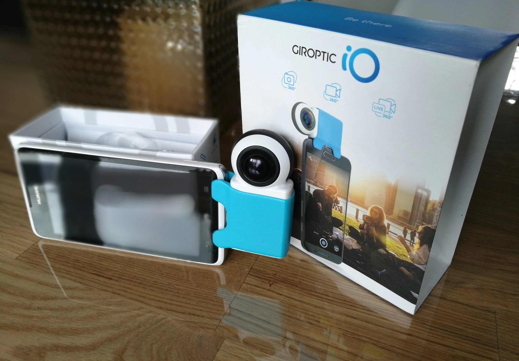 test giroptic io la cam ra 360 degr s pour android et ios. Black Bedroom Furniture Sets. Home Design Ideas